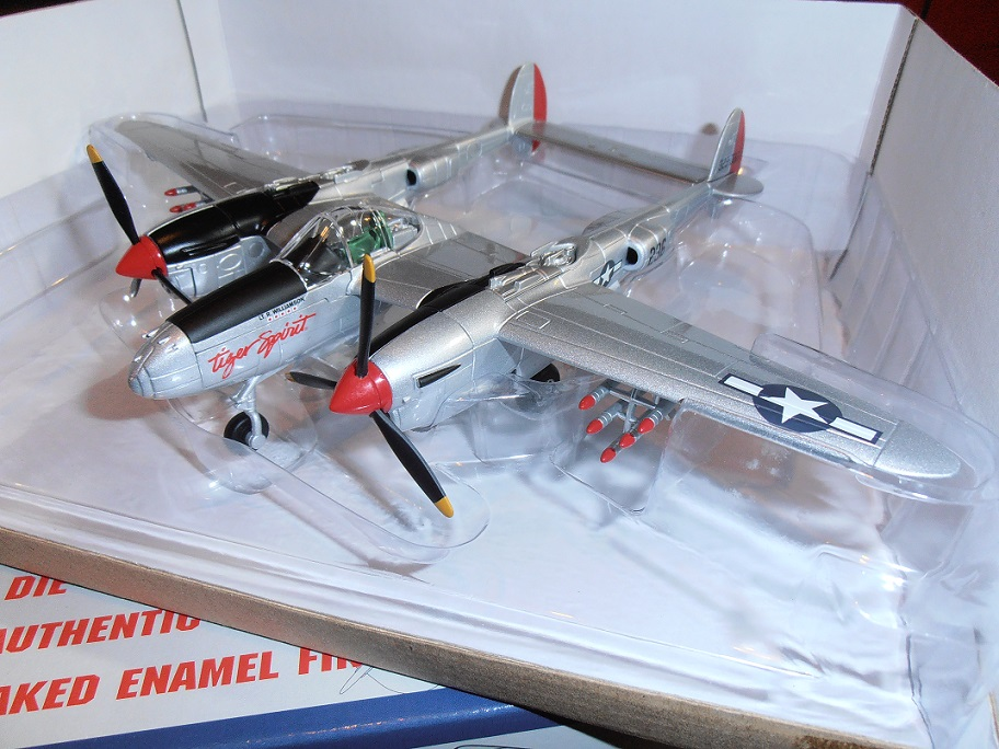 "P-38 Lightning ""Tiger Spirit"" by Spec Cast (41007) - Click Image to Close"