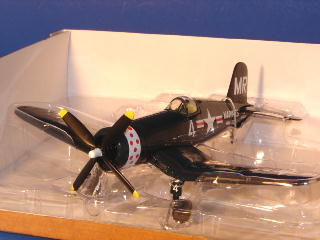 "F4U Corsair VMA-332 ""Polka Dots"" Spec Cast 47524"