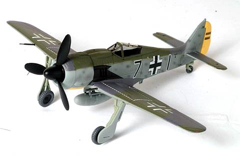"Fw190A-3 ""Black 7"", Staffelkapitan 8./JG 26, Mar '42 Dragon50085"