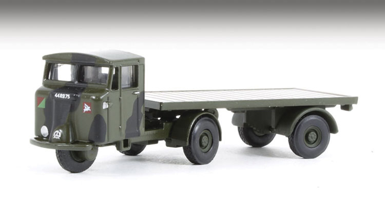 Mechanical Horse with Flatbed Trailer Royal Army 76MH017