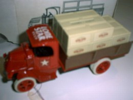Lone Star Beer 1926 Mack Crate Truck