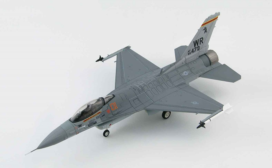 "F-16C ""Bentwaters Aggressors"" 1/72 (HA3821)"