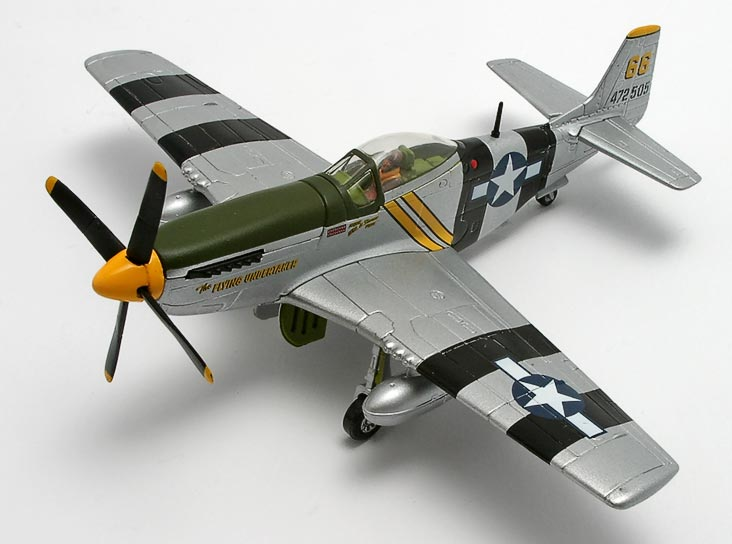 "P-51D ""The Flying Undertaker"" Maj. Shomo by Corgi 1/72 HC32216"