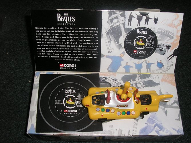 Beetles Yellow Submarine