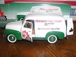 1952 Chevrolet Panel Delivery Texaco Fuel Chief Heating Oil