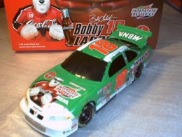 Labonte, Bobby #18 Coca Cola Polar Bear 2001 Action 1/24