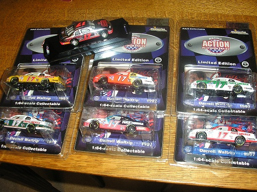 Waltrip, Darrell #17 1/64 7 car set with chrome car