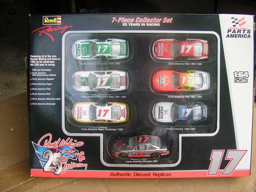 Waltrip, Darrell #17, 7 car set in 1/64 Revel