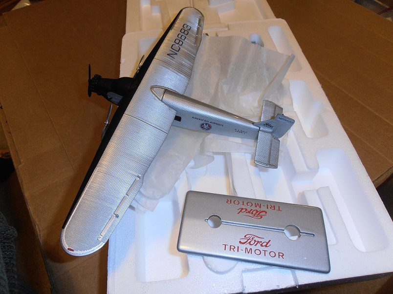 American Airlines Tri Motor by Ertl H323 1/72 scale