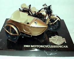 Harley Davidson 1933 with sidecar (GOLD)