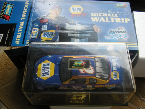 Waltrip, Michael #15 NAPA Daytona Winner 2001