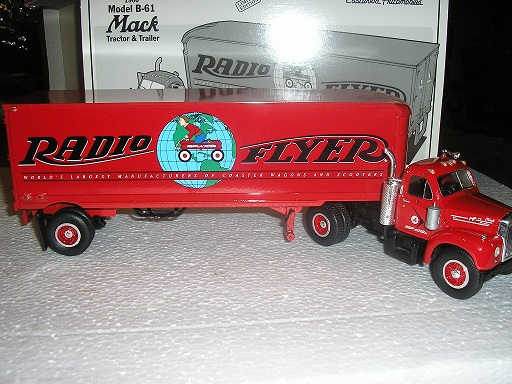 Radio Flyer 1960 Model B-61 Mack Tractor & Trailer