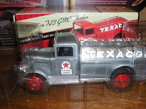 Texaco #27 1934 T-23 GMC Tanker Special Edition